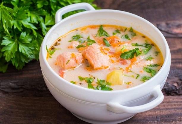 Суп с грибами и семгой